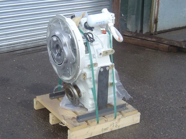 Twin Disc MGX5114IV Transmission - T2101